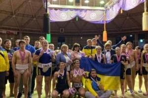 世界相撲選手権、ウクライナの選手がメダル獲得