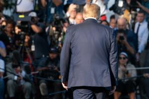 Майже 70% американців не підтримують дії Трампа у скандалі щодо України