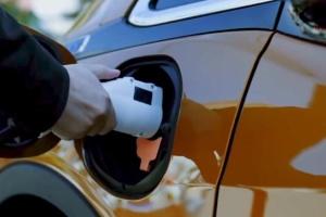 Ford хоче обійти Tesla за кількістю електрозаправок у Північній Америці