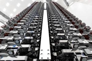Маск хочет запустить еще 30 тысяч интернет-спутников — СМИ
