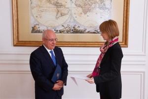 Zerkal se reúne con el nuevo Embajador de Grecia en Ucrania