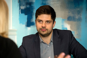 """""""Слуги народу"""" не обговорювали заяви Галушка про продаж місць у списках - Качура"""
