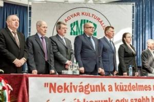 Угорці Закарпаття образилися через заяву голови ОДА