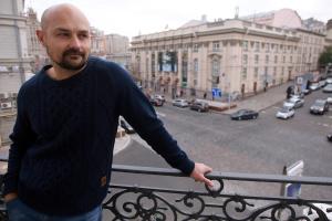 Сашко Дерманський: У мене немає книг, перекладених російською. А навіщо? В Україні всі розуміють українську