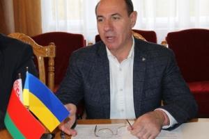 Ремонт доріг на Закарпатті: в ОДА підписали договір із білорусами
