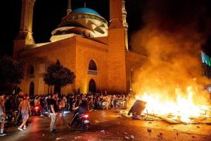 Протести у Лівані: поранені понад 160 осіб, поліція застосувала сльозогінний газ