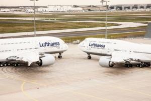"""Страйк у """"дочок"""" Lufthansa продовжили до опівночі"""