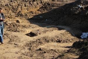 Польские эксперты участвуют в поисках останков жертв НКВД в Дрогобыче