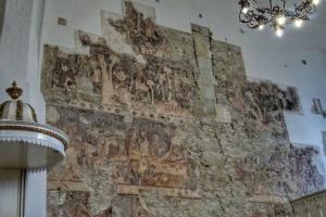 В церкви на Закарпатье обнаружили мурал XIV века