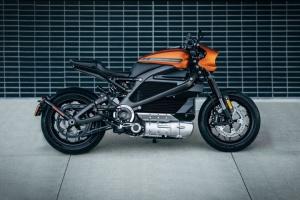 Harley-Davidson усунула дефект зарядки і поновлює виробництво електромотоциклів
