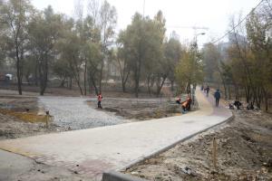"""Кличко показал, как ремонтируют вторую очередь парка """"Троещина"""""""