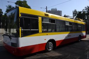 На міському маршруті Одеси почав працювати перший електробус