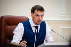 Гончарук обсудил с польским коллегой вопросы разрешений на международные перевозки