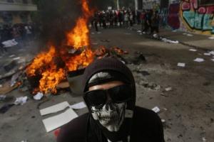 Протести в Чилі: президент пообіцяв підняти пенсії та зарплати