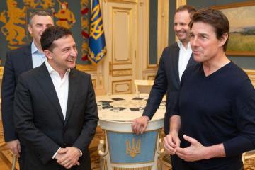Tom Cruise spotkał się z prezydentem Zełenskim w Kijowie ZDJĘCIE