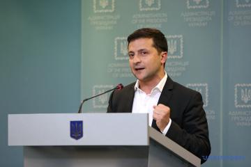 Zełenski zwrócił się do protestujących: Nigdy nie poddam Ukrainy