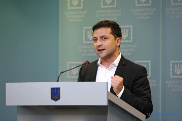 Zelensky a los manifestantes: Nunca entregaré Ucrania