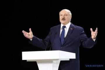 Lukashenko declara que Belarús planea comprar un tercio del petróleo a través de Ucrania