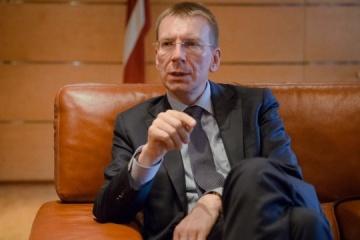 El ministro de Exteriores letón llega a Ucrania