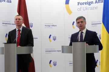 Prystaiko: Si Rusia frustra acuerdos sobre Donbás, tenemos planes B, C y D