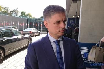 Prystajko: Ukraine kann nicht ewig über Friedensregelung im Donbass verhandeln