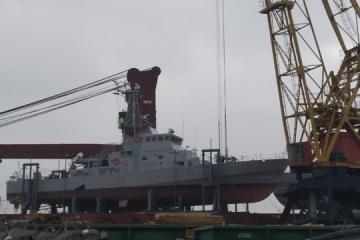 Dos buques patrulleros Island llegan al puerto de Odesa
