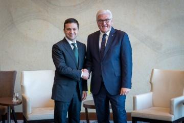Volodymyr Zelensky s'est entretenu avec Frank-Walter Steinmeier