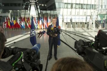Treffen der NATO-Verteidigungsminister: Stoltenberg über Russlands hybride Bedrohungen