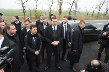 Zelensky, Honcharuk check repair activities of Zaporizhzhia-Mariupol highway