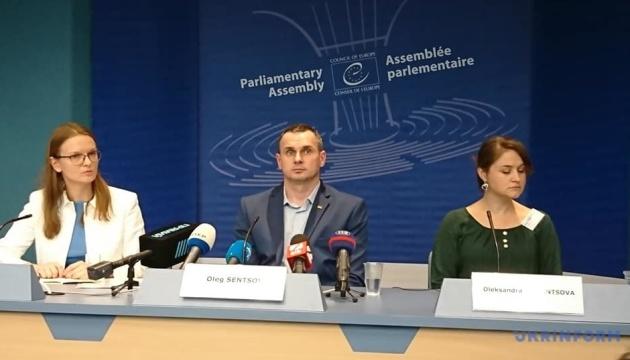 Сенцов у ПАРЄ: Включати до російської делегації