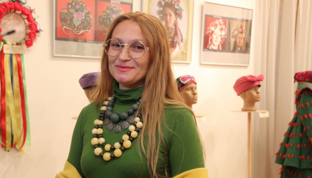 У Чорногорії відбудеться виставка українського національного одягу від відомої майстрині