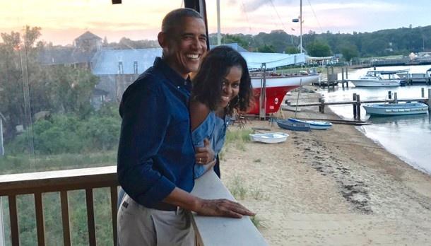 Барак и Мишель Обама отпраздновали 27-ю годовщину свадьбы