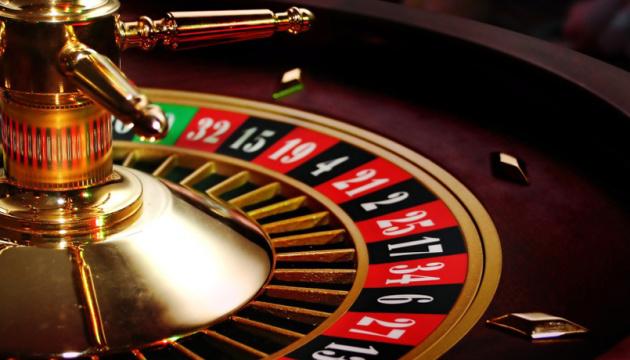 Первые лицензии на организацию азартных игр могут быть выданы в начале ноября - эксперт