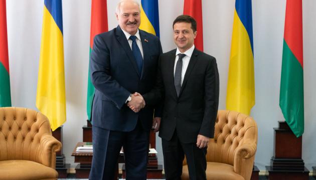 Volodymyr Zelensky et Alexandre Loukachenko se sont rencontrés à Jytomyr