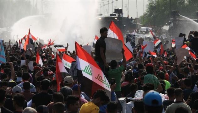 Демонстранти атакували іранське консульство в Іраку, є загиблі і поранені