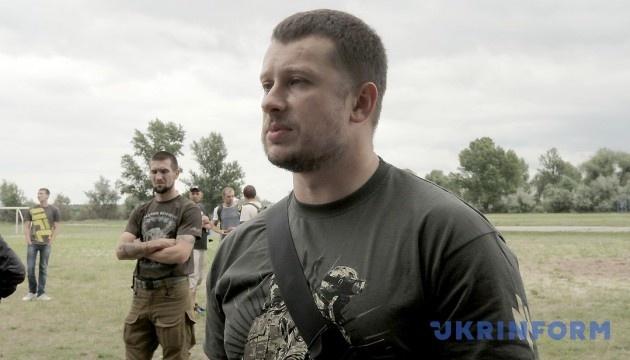 Andriy Biletsky promet de défendre les habitants de Zolote