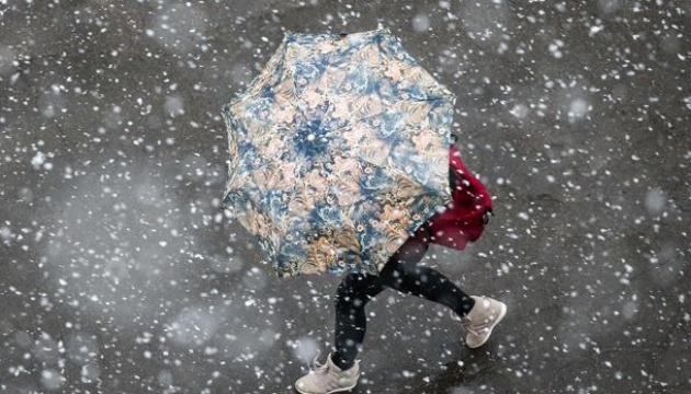 У Києві пройшов перший сніг