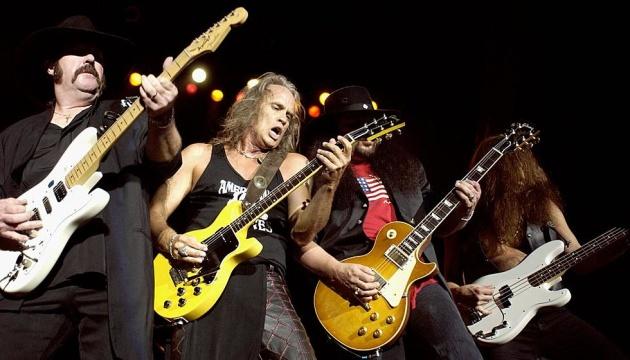 Помер басист відомого американського рок-гурту