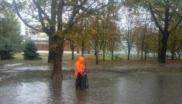 За добу у Херсоні випав 71% місячної норми опадів