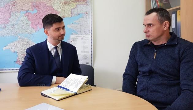 国連人権監視ミッション、センツォフ映画監督からクリミアやロシアでの拘束状況を聴取