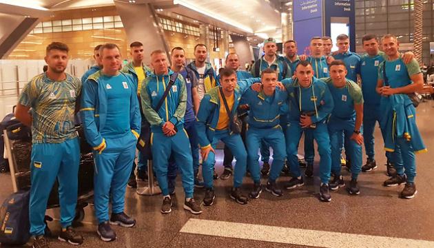 Перша група українських спортсменів прибула в Доху на І Всесвітні пляжні ігри