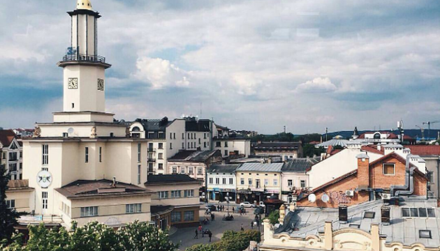 Івано-Франківськ приєднав до себе два села і створив ОТГ