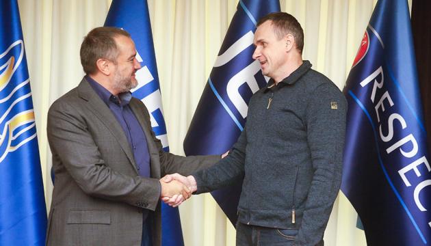 Сенцов та інші звільнені полонені відвідають матч Україна — Португалія