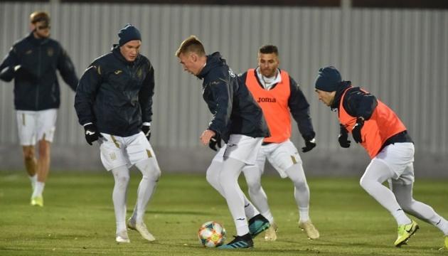 Миколенко присоединился к общей группе футболистов сборной Украины