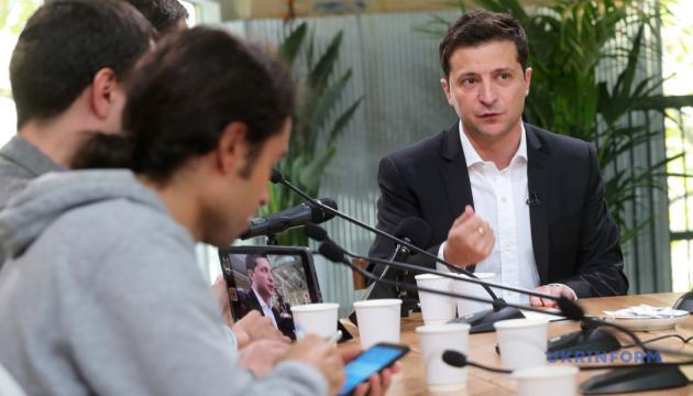 Zelensky not against involvement of former political prisoners in Minsk process