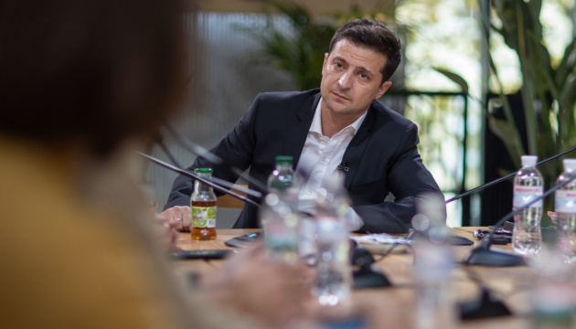 Zelensky vows to dismiss SBU chief if he is advised by ex-military prosecutor
