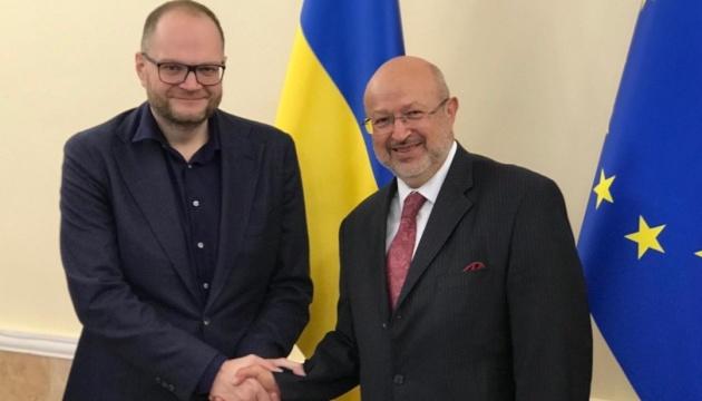 Бородянський обговорив з верховним комісаром ОБСЄ співпрацю у забезпеченні прав нацменшин