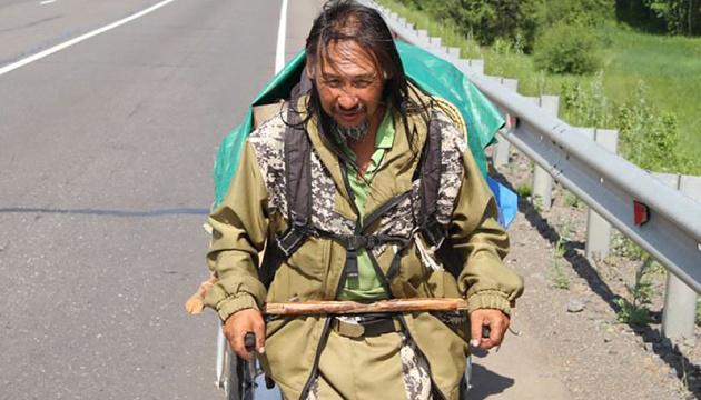Якутский шаман снова собрался в Москву изгонять Путина