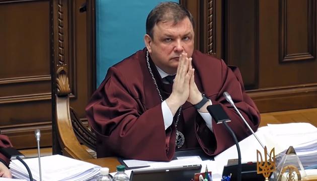 Gerichtsentscheidung: Ex-Vorsitzender des Verfassungsgerichts Schewtschuk darf ins Amt zurück