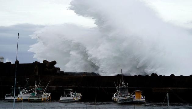 В Японії вирує найпотужніший за 60 років тайфун: вже 26 жертв